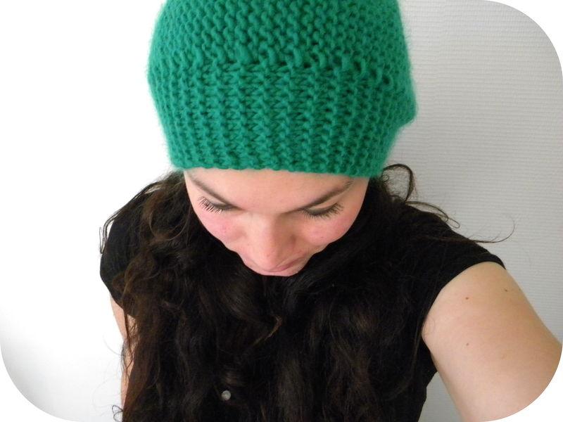 Modele tricot femme gratuit aiguille 4 - Broderie sur tricot point mousse ...