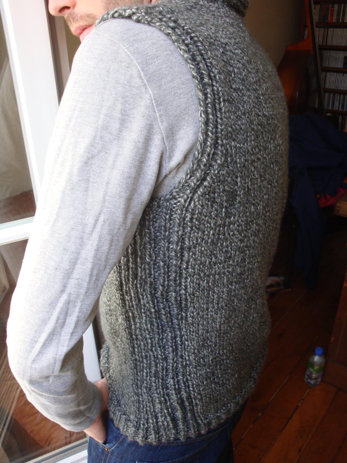 modèle tricot débardeur homme #6