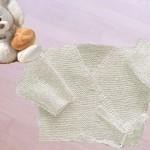 modele tricot bébé cache coeur #11