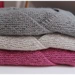 modele tricot bébé cache coeur #1