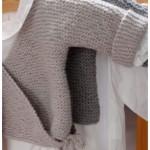 modele tricot bébé cache coeur #8