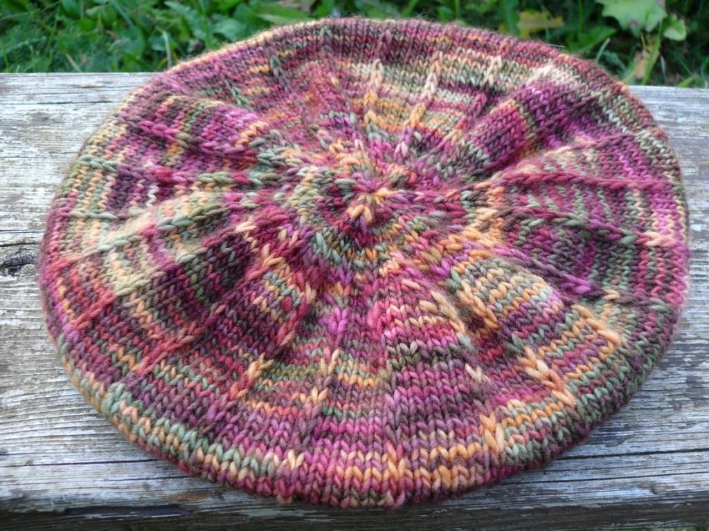modele tricot gratuit beret femme