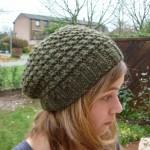 modele tricot gratuit beret femme #2
