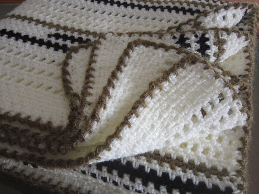 photo tricot modèle tricot bebe quentinho