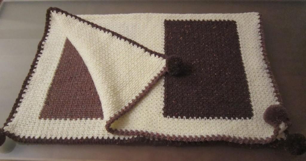 photo tricot modèle tricot bebe quentinho 11