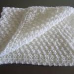 photo tricot modèle tricot bebe quentinho 6