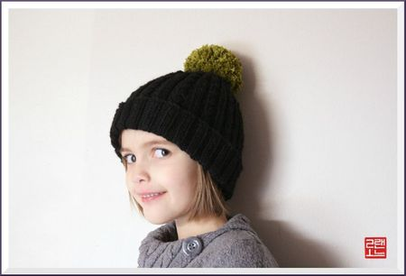 photo tricot modèle tricot bonnet pompon 6