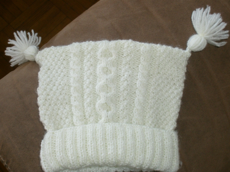 photo tricot modèle tricot facile bonnet bébé 16