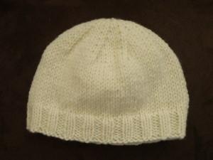 photo tricot modèle tricot facile bonnet bébé 2