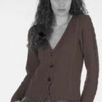 photo tricot modèle tricot femme gilet 14