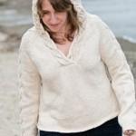 photo tricot modèle tricot gilet capuche fille 13