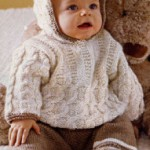 photo tricot modèle tricot gilet capuche fille 15