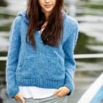 photo tricot modèle tricot gilet capuche fille