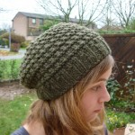 photo tricot modèle tricot gratuit bonnet femme