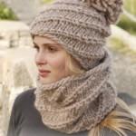 photo tricot modèle tricot gratuit bonnet femme 17