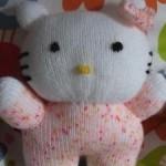 photo tricot modèle tricot hello kitty musical plush 5