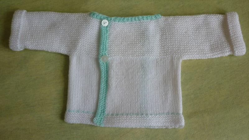 Comment faire une brassière tricotée en un seul morceau ?  Question /