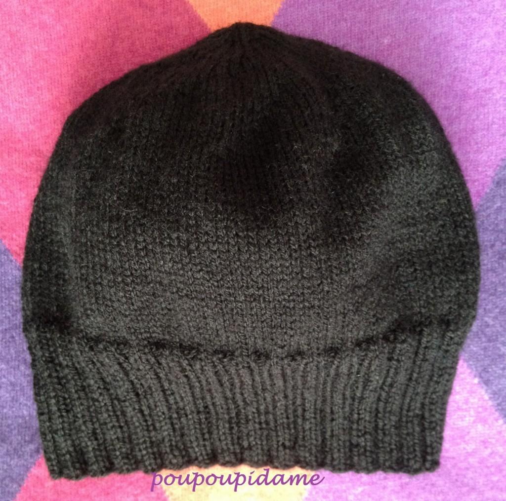 photo tricot modele pour tricoter un bonnet femme 2