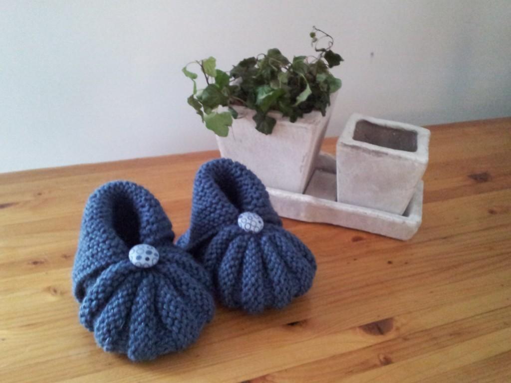photo tricot modele tricot bebe grosse laine 9. Black Bedroom Furniture Sets. Home Design Ideas