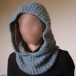 photo tricot modele tricot echarpe a capuche 6