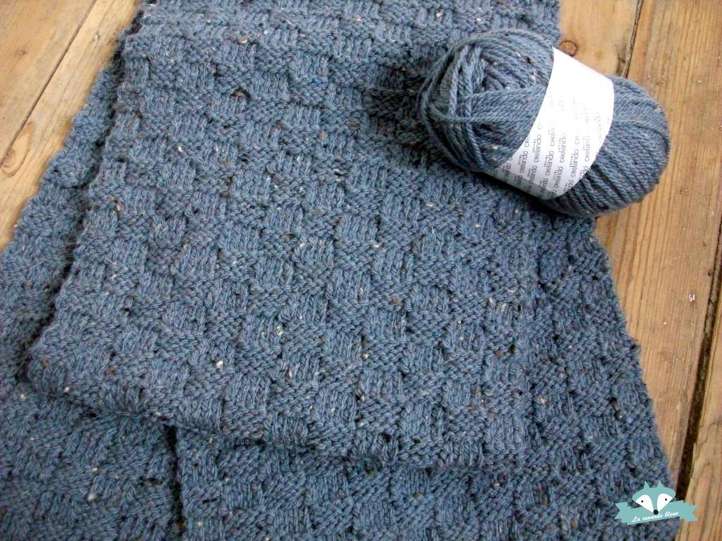 photo tricot modele tricot echarpe moderne 10