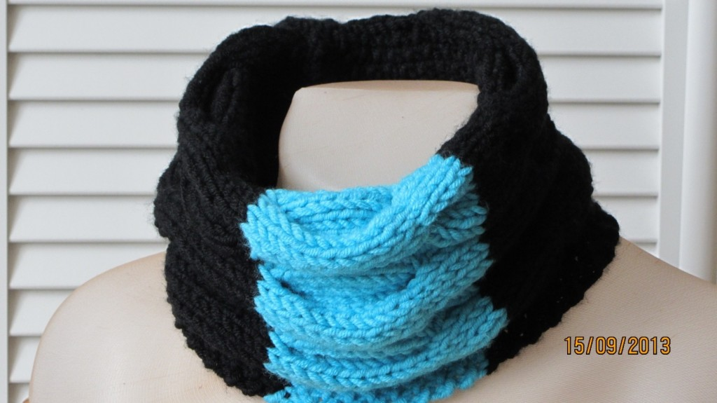 photo tricot modele tricot echarpe moderne 12