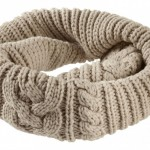 photo tricot modele tricot echarpe moderne 2