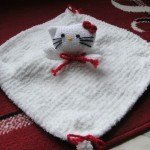 photo tricot modele tricot facile kitty 2