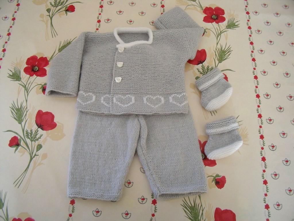 modèle tricot gilet layette gratuit