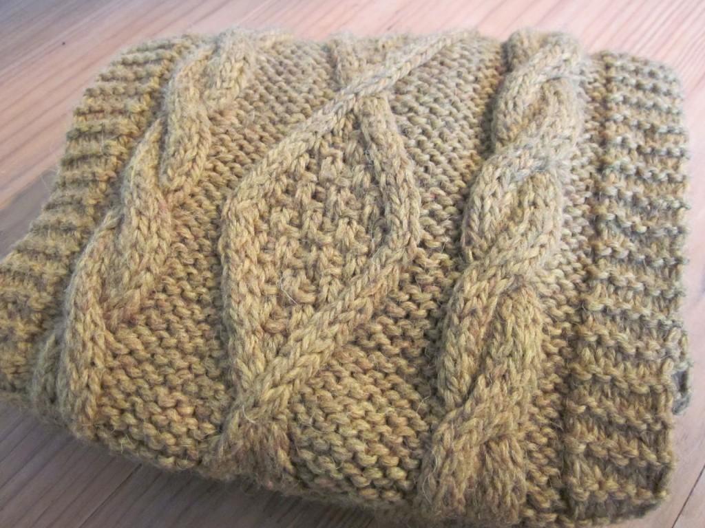 Modele tricot a torsade - Faire une boutonniere au tricot ...