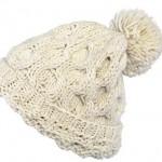 photo tricot tricoter un bonnet en laine pompon 2