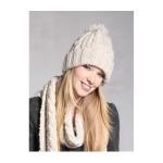 photo tricot tricoter un bonnet en laine pompon 4