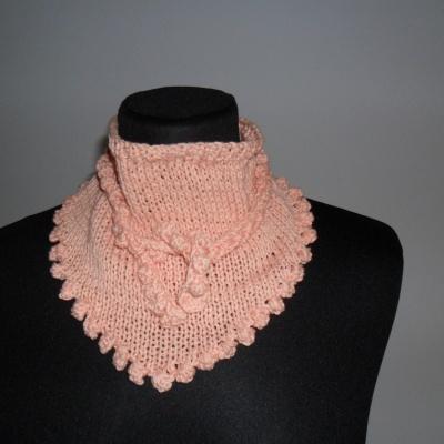 photo tricot modèle tricoté tour de cou main 12