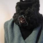 photo tricot modèle tricoté tour de cou main 3