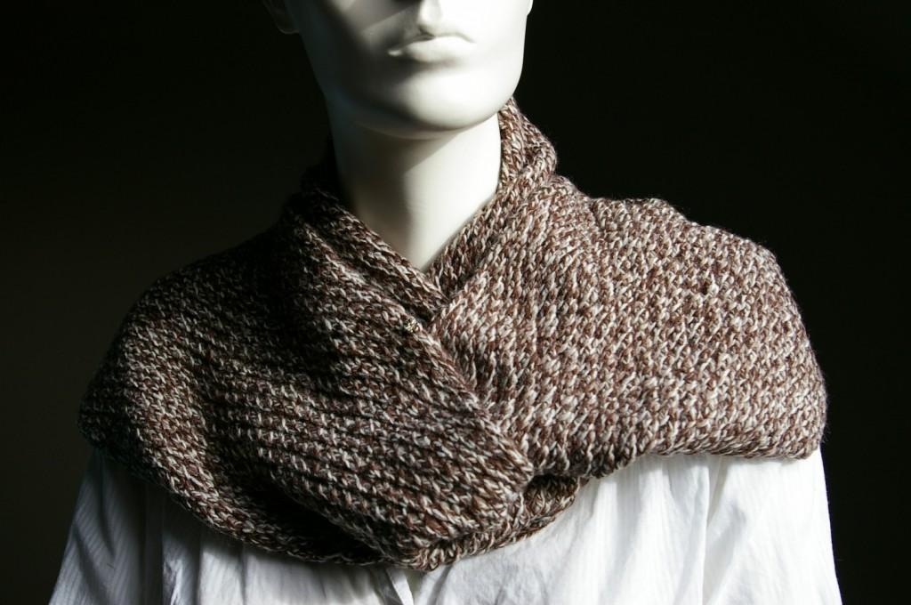 photo tricot modèle tricot écharpe ajourée 17