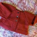 photo tricot modèle tricot bébé top down 10