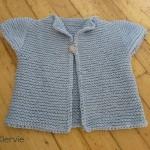 photo tricot modèle tricot bébé top down 11