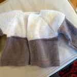 photo tricot modèle tricot bébé top down 13