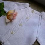 photo tricot modèle tricot bébé top down 3