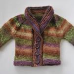 photo tricot modèle tricot bébé top down 8