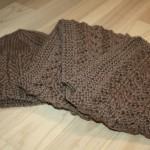 photo tricot modèle tricot bonnet écharpe femme 18