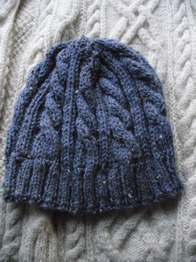 photo tricot modèle tricot bonnet écharpe femme 9