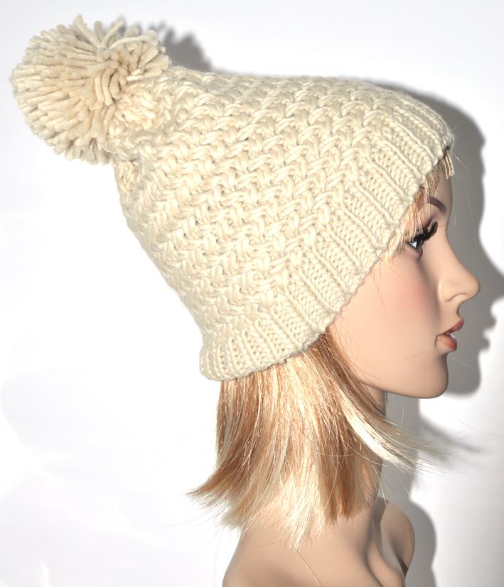 photo tricot modèle tricot bonnet homme avec pompon 4