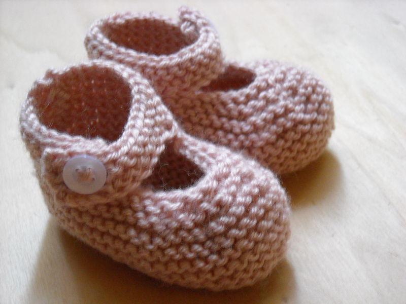 photo tricot modèle tricot chausson bébé gratuit 2