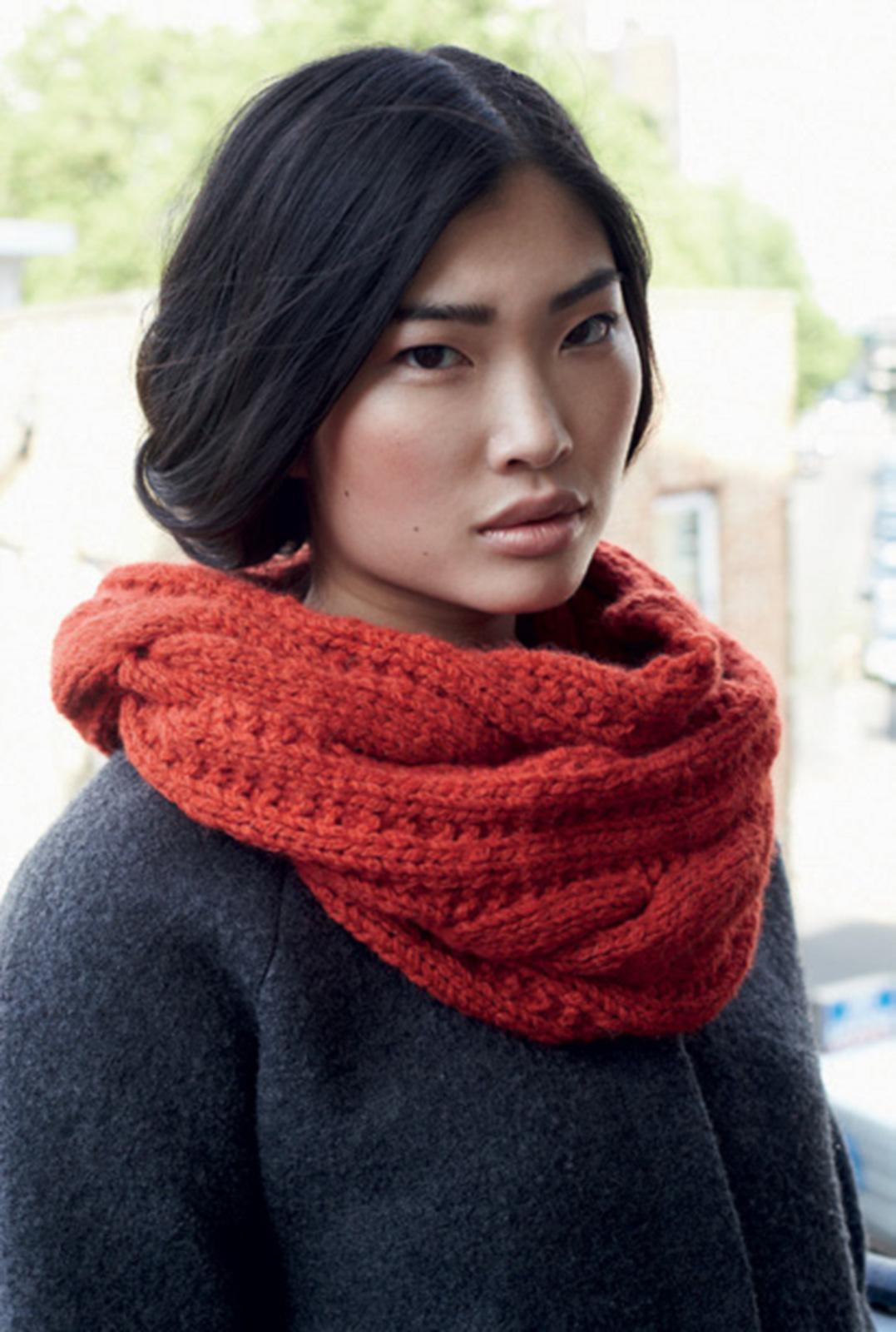 photo tricot modèle tricot facile snood gratuit 3