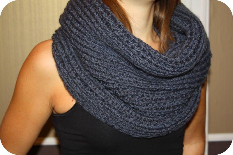 photo tricot modèle tricot facile snood gratuit 4