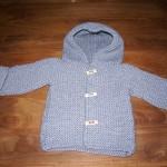 photo tricot modèle tricot gilet capuche bébé 17