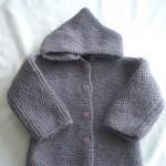 photo tricot modèle tricot gilet capuche bébé 18