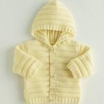 photo tricot modèle tricot gilet capuche bébé 2