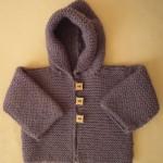 photo tricot modèle tricot gilet capuche bébé 9